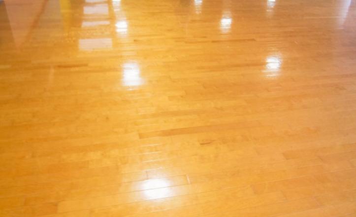 抗靜電地板蠟讓居家清潔更方便!
