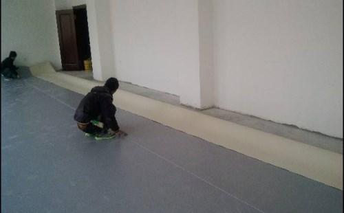 塑膠地板怎么鋪 塑膠地板的價格是多少